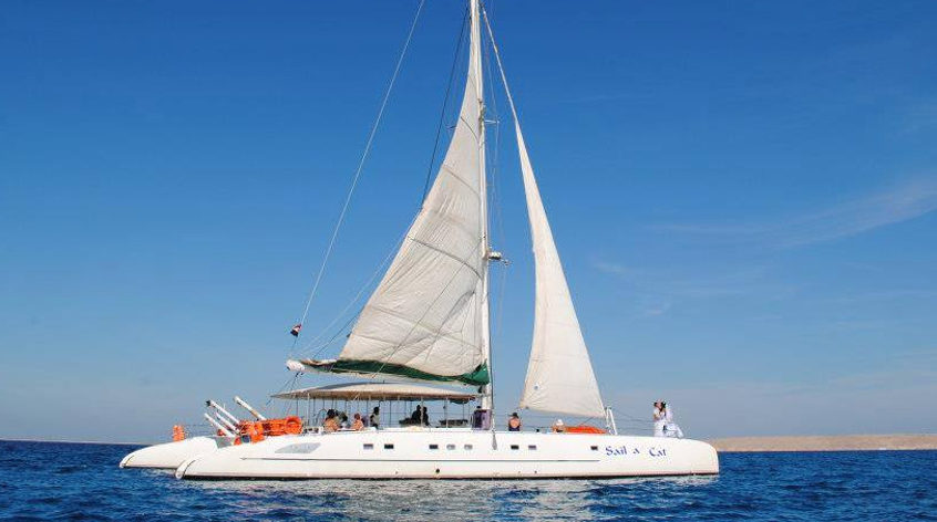 Sailing on the Catamaran Lux-Cruise in Hurghada - trip with transfer from any hotel